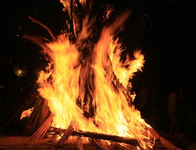 HOUDINI流体返回粒子制作燃烧的火堆