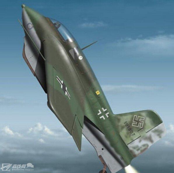 时速比当时最快飞机还快近483公里的火箭动力飞机