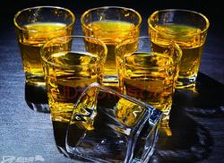 产品动画渲染洁雅杰酒杯